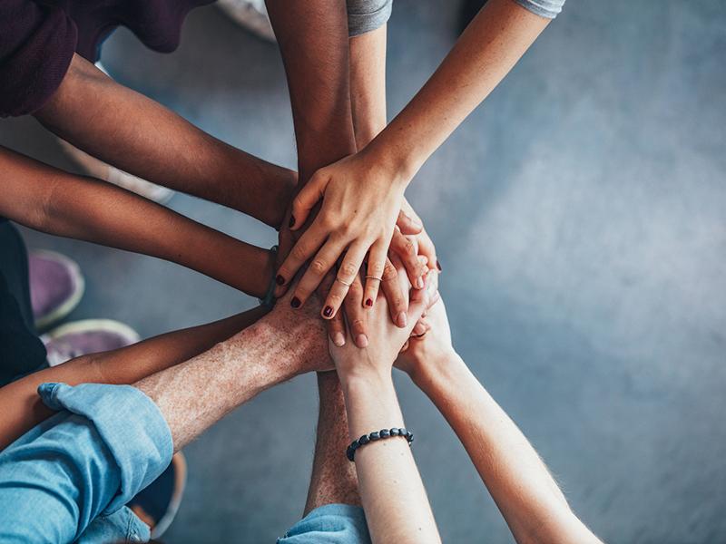 Giovani - carità - solidarietà