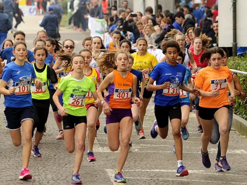 sport_corsa_incontro_arcivescovo_web