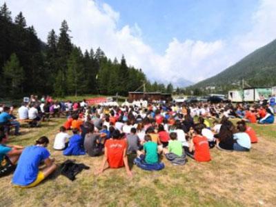 Delpini a Ceresole Reale per la visita ai campeggi diocesani 2019