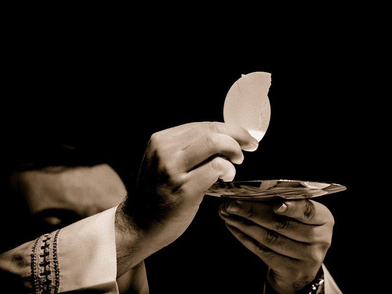 eucharist-1591663_960_720