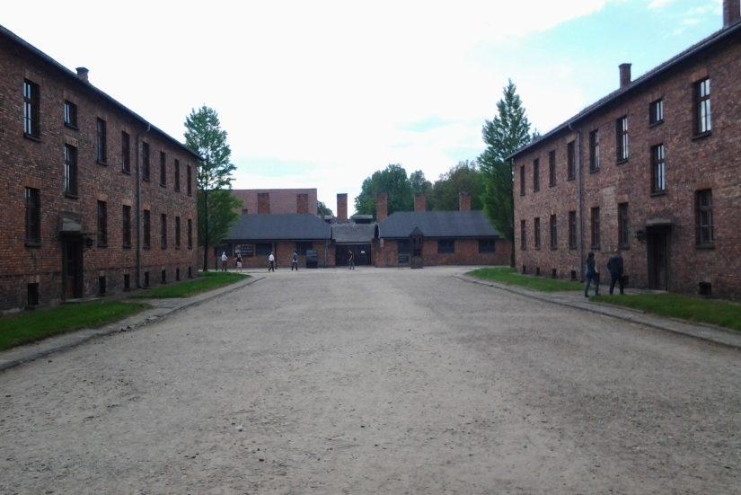 Auschwitz-Birkenau3