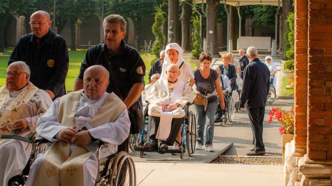 Preti anziani Caravaggio