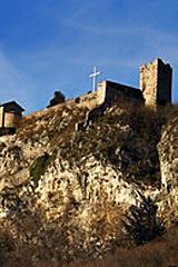 Le rovine del cosiddetto castello dell'Innominato sopra Vercurago