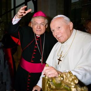 cardinale Scola con Giovanni Paolo II