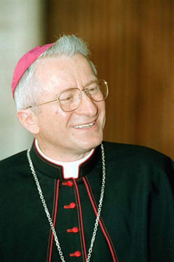 Il cardinale Ennio Antonelli