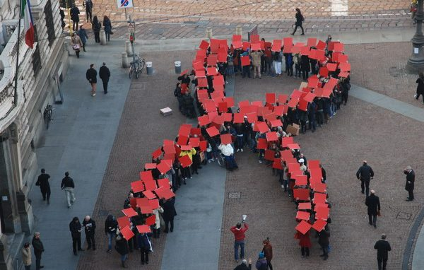 Caritas_Flashmob Aids_2011