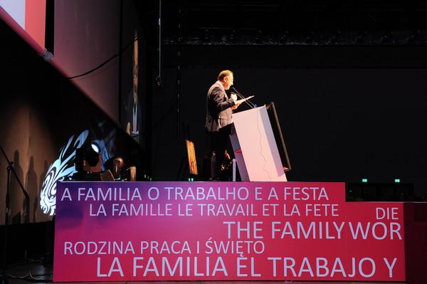 Rappresentazione di apertura del VII incontro mondiale delle famiglie