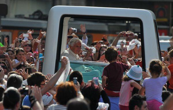 Papa in Piazza Duomo