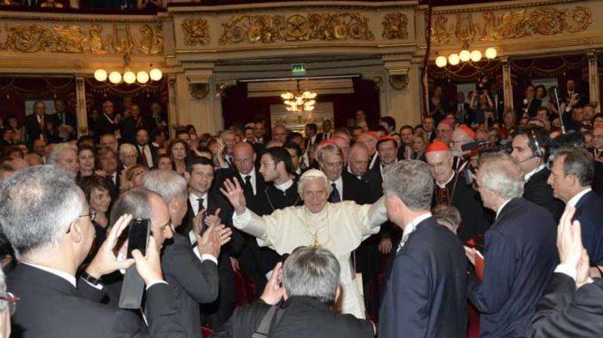 Papa alla Scala