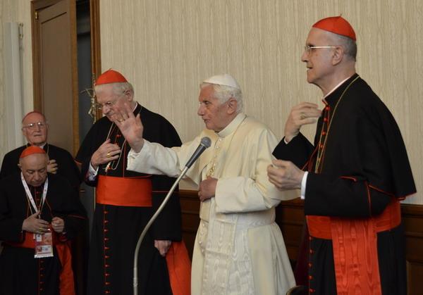 Benedetto XVI incontra le Autorità