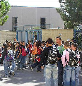 giovani a scuola