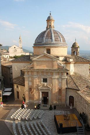 """Da Vimercate per """"illuminare"""" Assisi"""