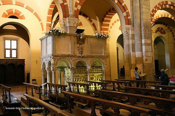 Ambone basilica Sant'Ambrogio