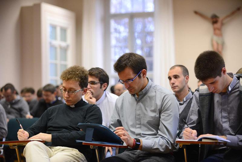 seminario venegono messa scola