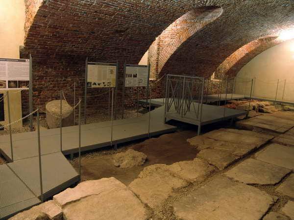 Foro romano Ambrosiana