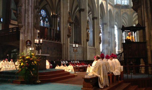 Pontificale nel Duomo di Colonia 2014
