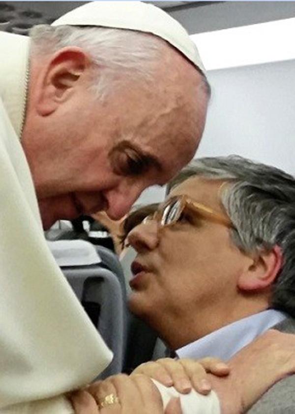 papa francesco andrea tornielli