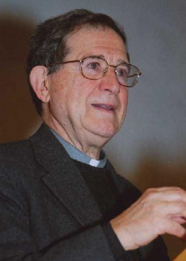 monsignor Fiorenzo Facchini