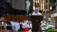 madonna fatima in duomo Scola saluta i chierichetti