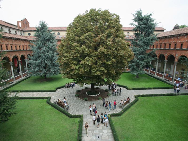 Chiostro Università Cattolica