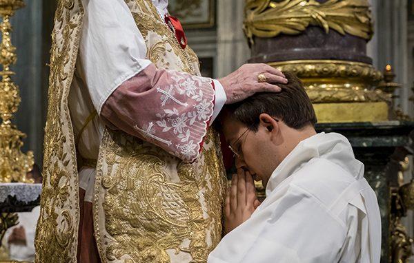 ordinazione-Roma-preti-scola3