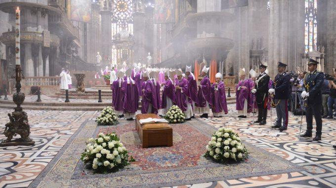funerali dionigi tettamanzi (7)