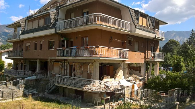 Una casa sventrata