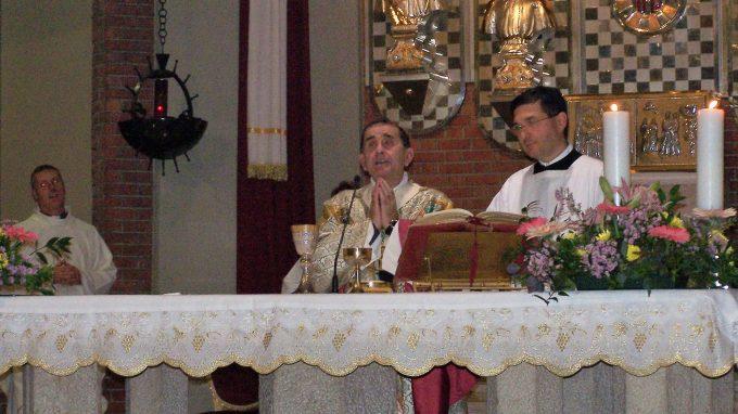 Parrocchia SantAmbrogio Monsignor Delpini visita9