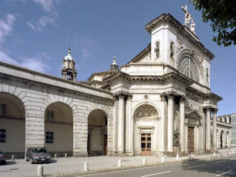Santuario del Crocefisso a Como