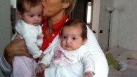Anna Savini con le gemelle