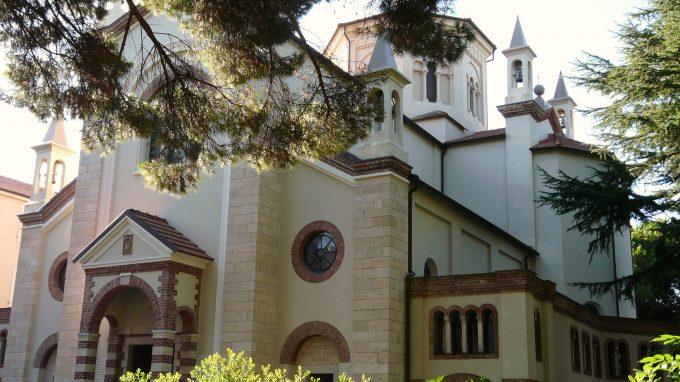 Sestri_Levante-santuario_Cristo_Re-complesso_esterno