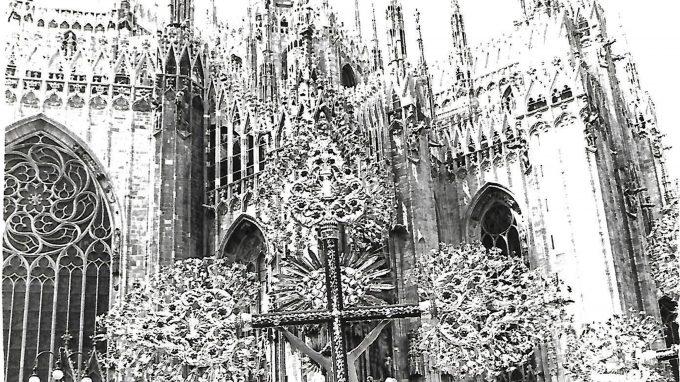 milano-1979-processione-0002_31173375895_o