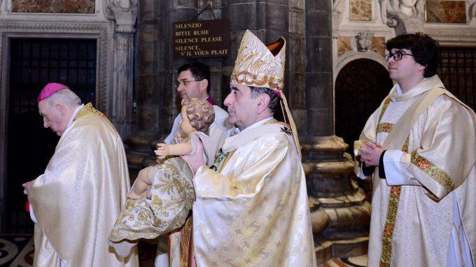 09 Mons. Delpini presiede la Messa di Mezzanotte