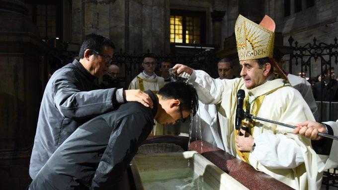 13 In Duomo la Veglia di Risurrezione