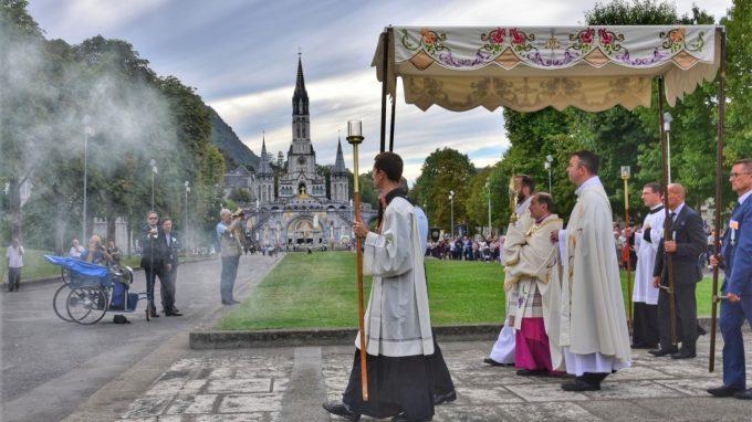 processione eucaristica-02