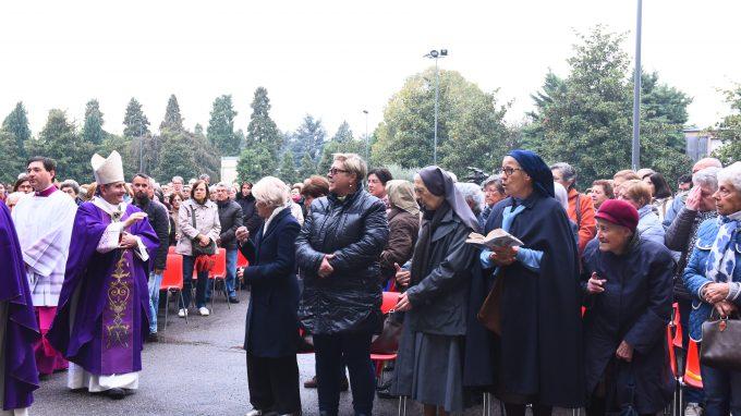Delpini Messa Cimitero Maggiore (15)