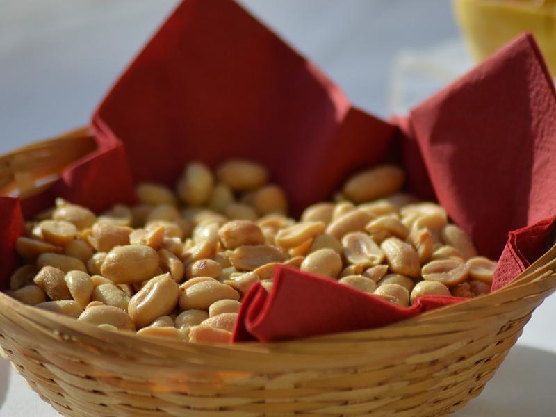 peanuts-1566264_960_720