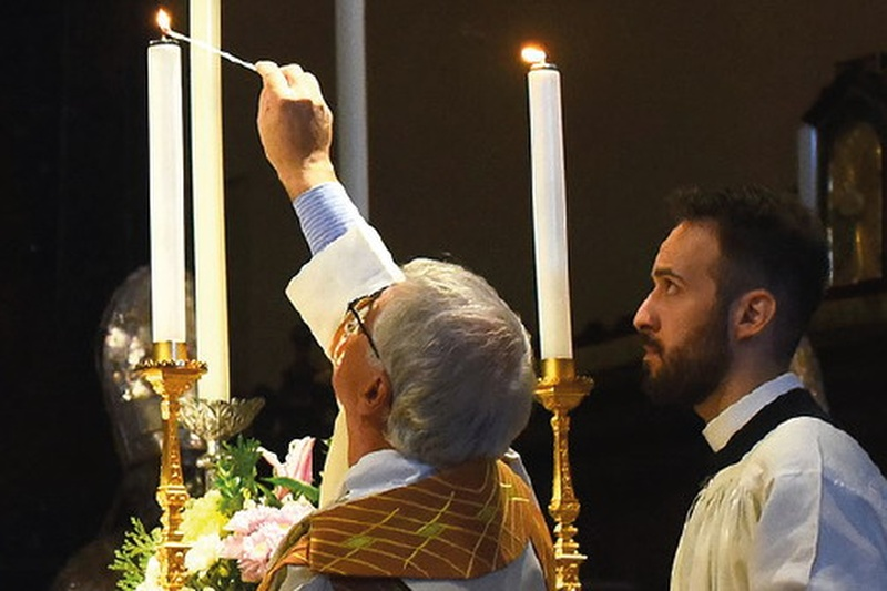 liturgia Cropped