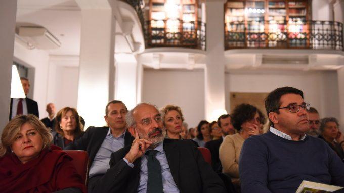 dibattito tra l'Arcivescovo e Filippo Grandi_ADDF