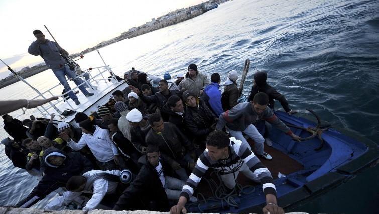 migranti-sbarco-755x427