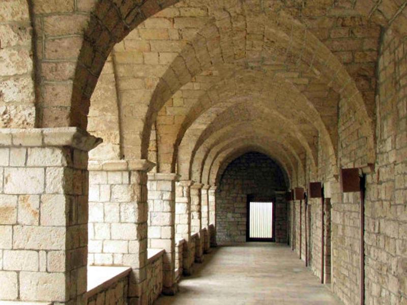 Monastero_interno-810x385