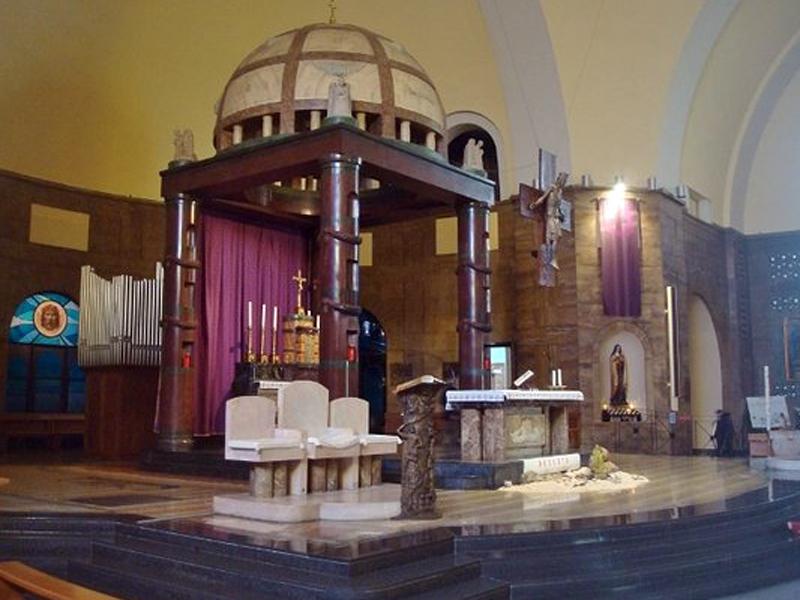 presbiterio-e-altare
