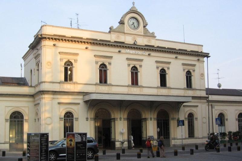 Stazione Monza