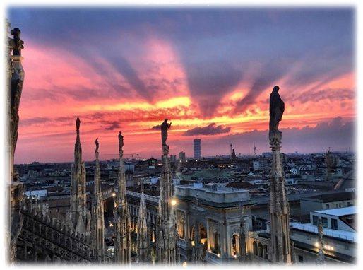 D Estate Sulle Terrazze Del Duomo Di Milano