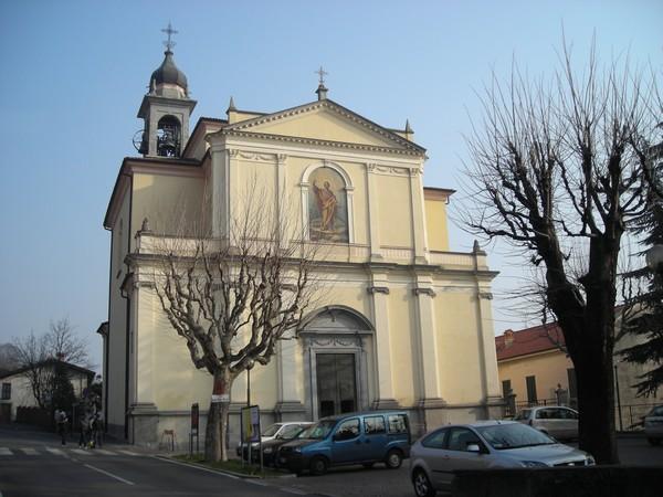 Erba-chiesa-di-Arcellasco