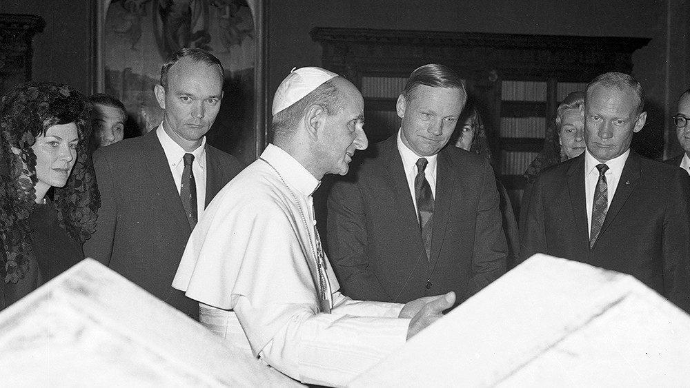Paolo VI e astronauti