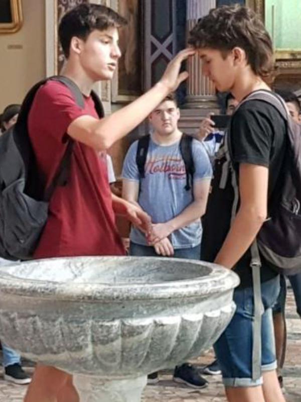 Bovisio Masciago Fonte battesimale don Monti