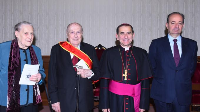Onorificenze pontificie a Zaninelli e Possenti