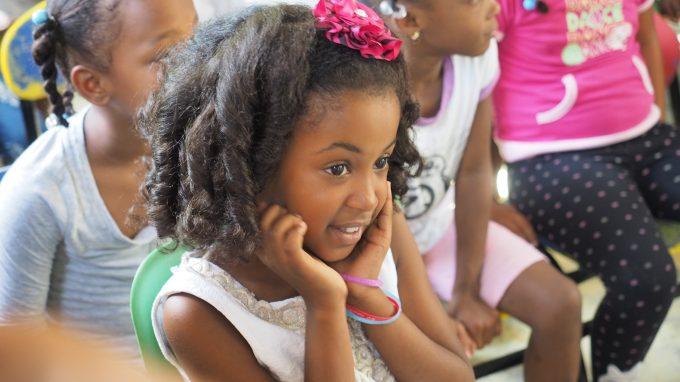 Una bimba dominicana