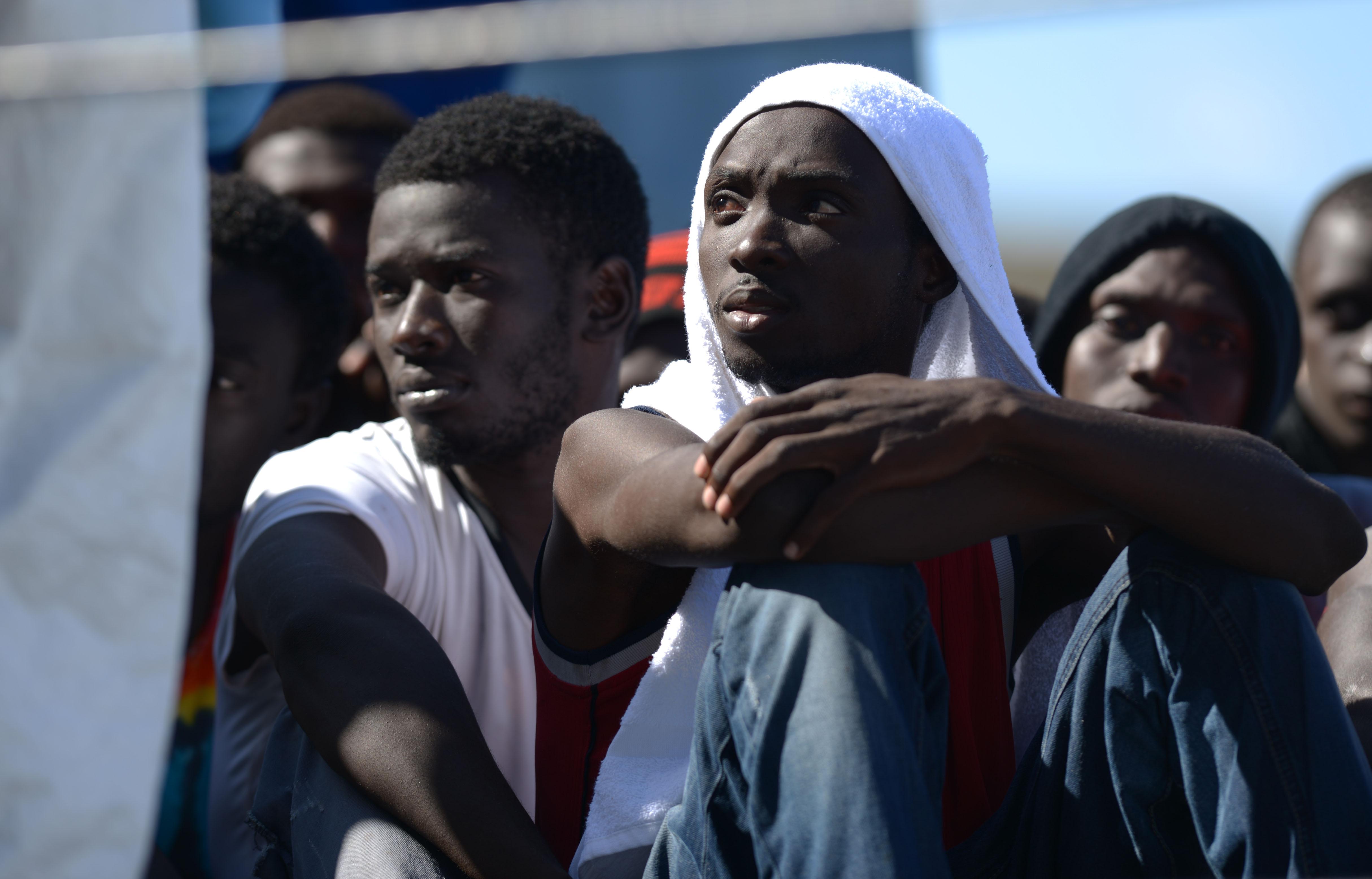 stranieri rifugiati immigrati